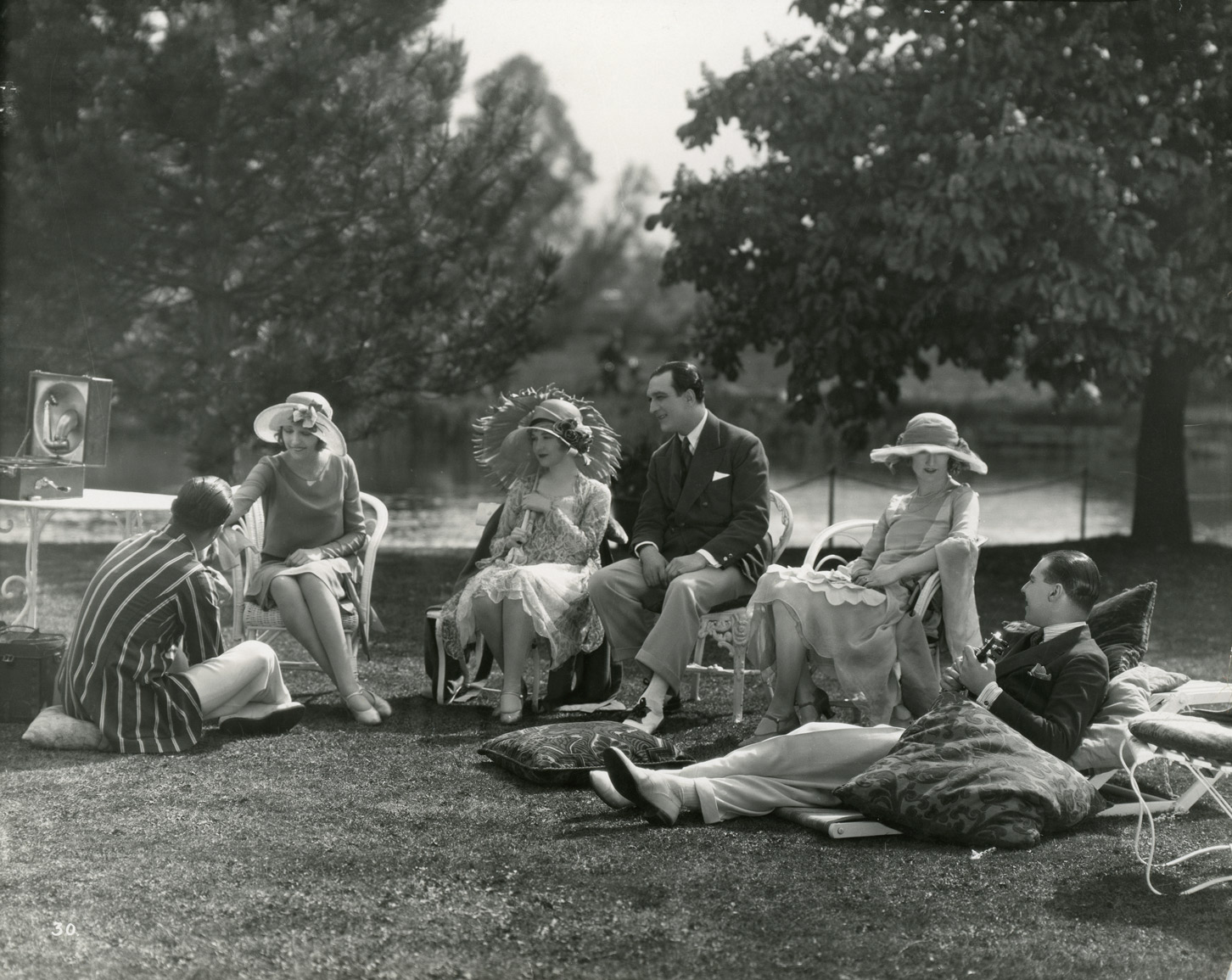 "On the set of the film ""London,"" with Dorothy Gish and cast, 1925"